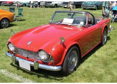 Triumph TR4A / TR250 / TR5 / from TR6 1965-1976 (only LHD)
