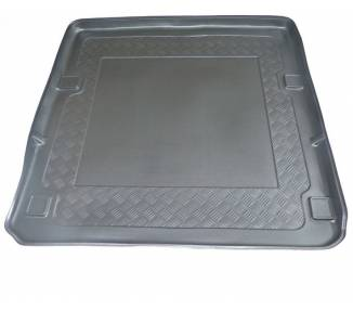 Boot mat for Mercedes Class E W211 Modele T de 2004-2009 avec navi/Tel.