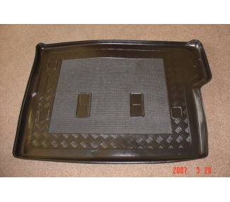 Boot mat for Nissan Patrol à partir de 1982-