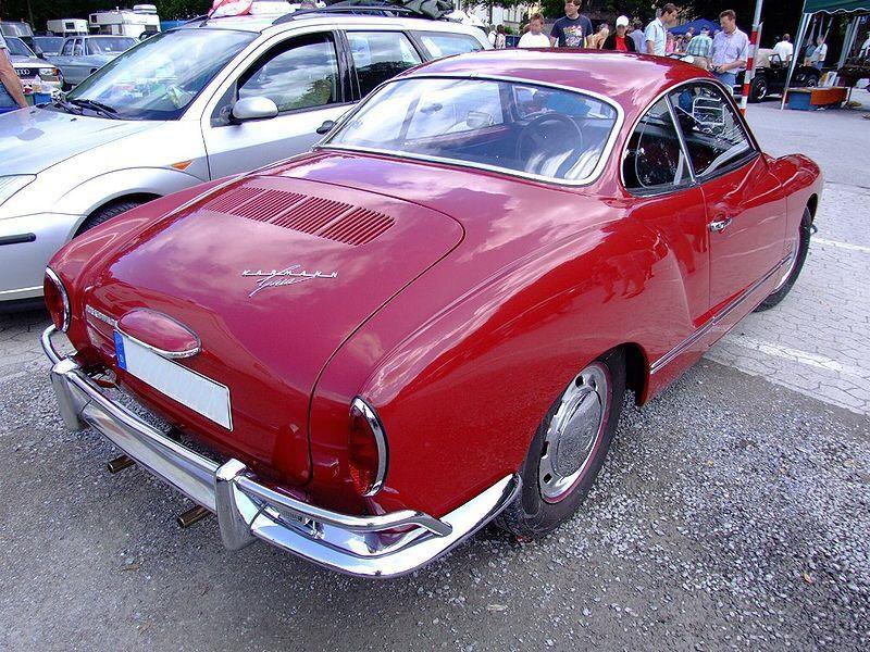 Moquette individuelle de restauration pour karmann ghia for Moquette voiture ancienne