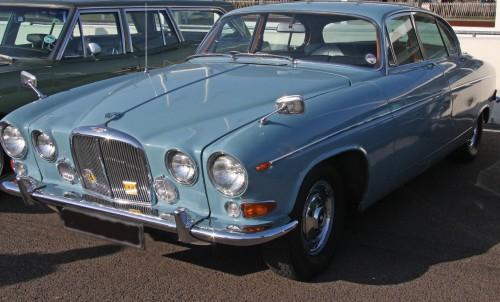 Moquette individuelle de restauration pour jaguar mark x for Moquette voiture ancienne